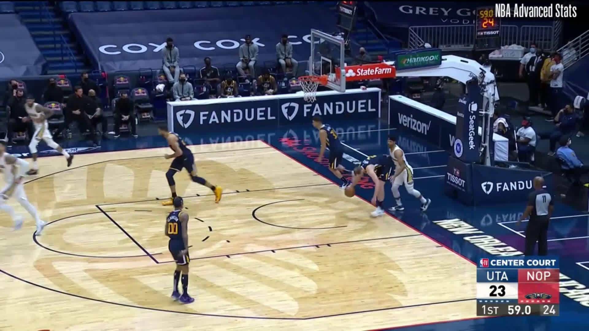 [Highlight] Josh Hart's furious rim attacks against the Jazz tonight