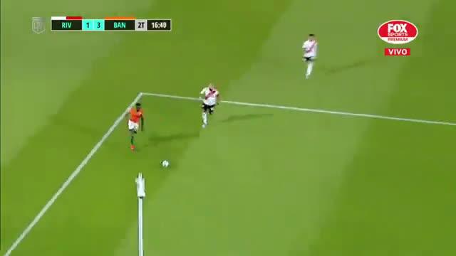River 1 - [3] Banfield - 61' Pinola own goal