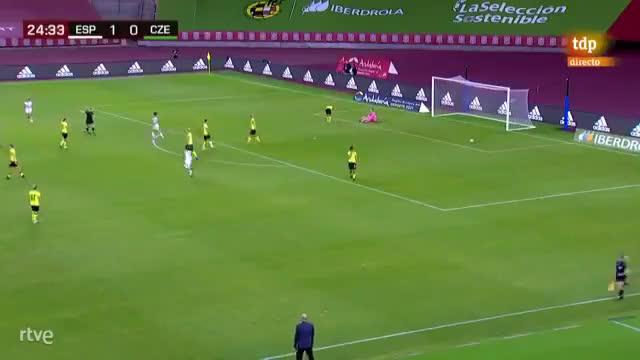 [Women] Spain [2] - 0 Czech Republic - Patri Guijarro 25'