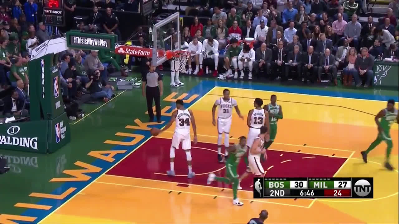 [Highlight] Kyrie somehow spins through the double team and gets the floater to fall