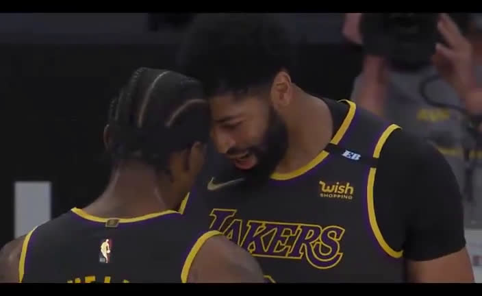 Anthony Davis claims the Lakers are back