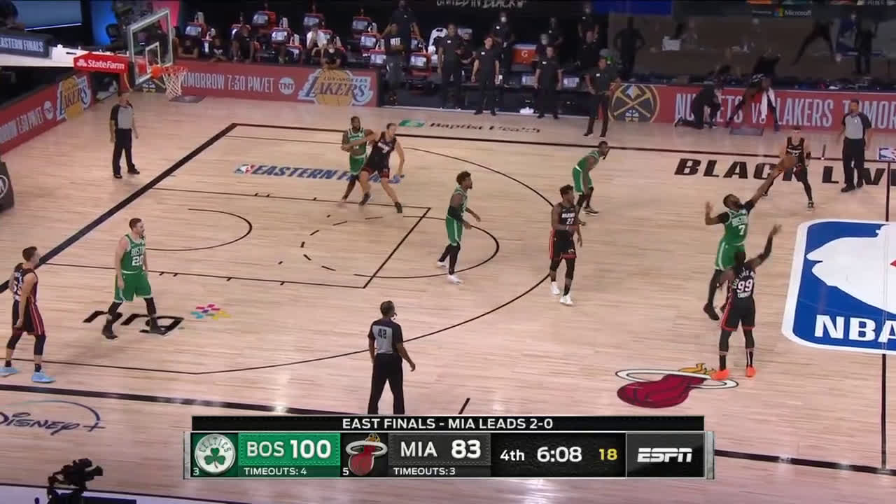 [Highlight] Jaylen Brown sticks with Crowder to get the steal and the jam