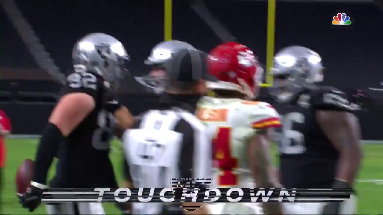[Highlight] Carr to Witten to give the Raider the lead with 1:43 left