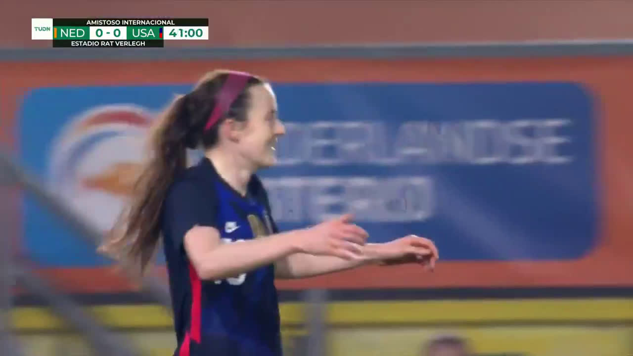 Netherlands 0 -[1] USA - Lavelle 42'