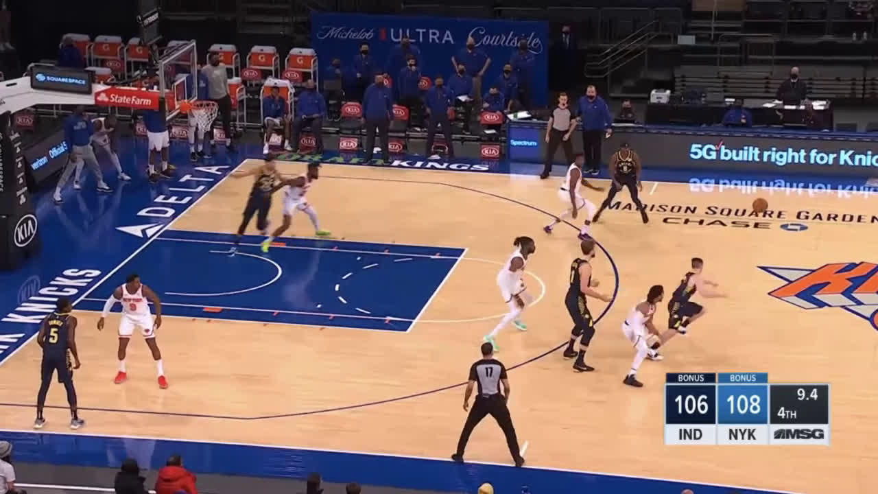 [Highlight] Sabonis turns it over in the final seconds