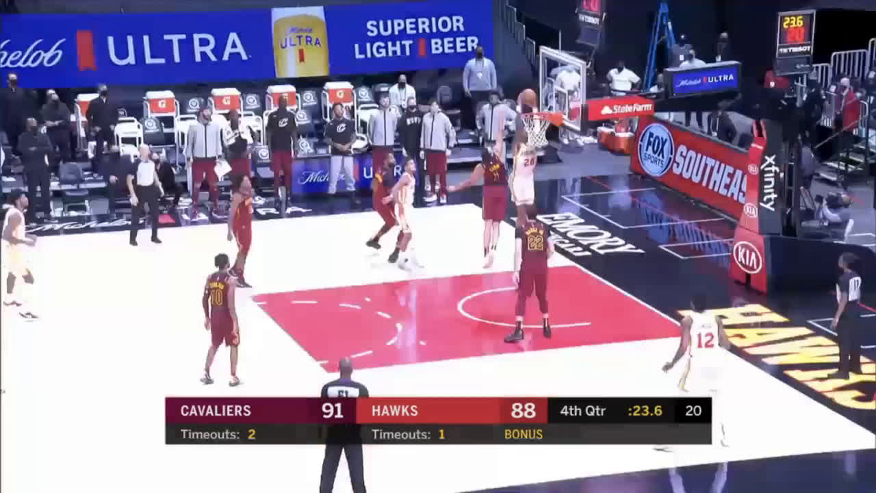 [Highlight] Collins misses the dunk with 21.5 left