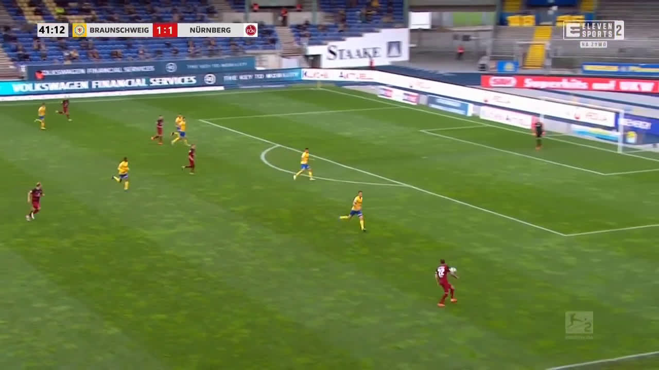 Eintracht Braunschweig 1-[2] Nürnberg - Pascal Köpke 42'