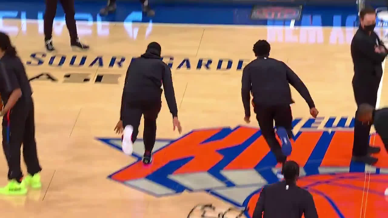 [Highlight] RJ Barrett and Frank Ntilikina share a wholesome moment before the game