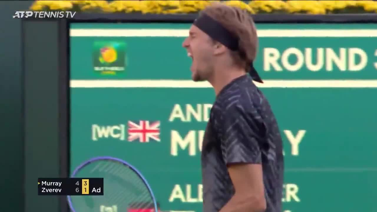 Zverev finds the forehand for a crucial break point