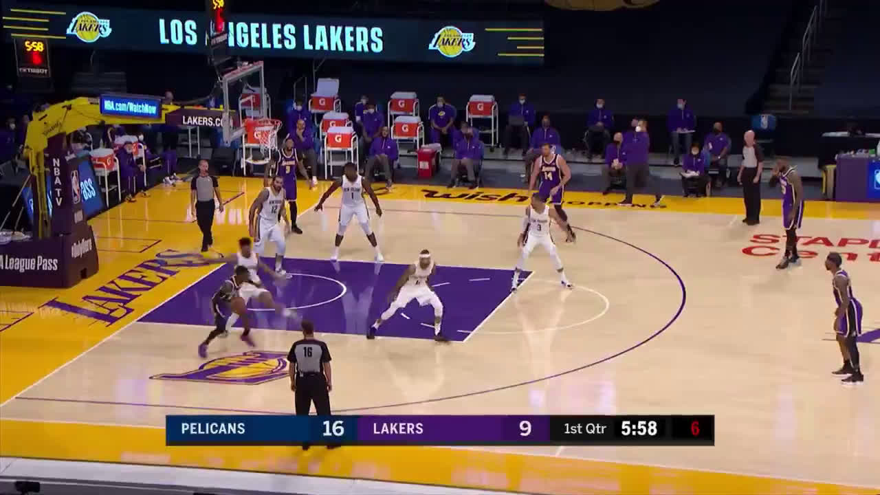 [Highlight] Schroder with one of the worst missed shots of the year