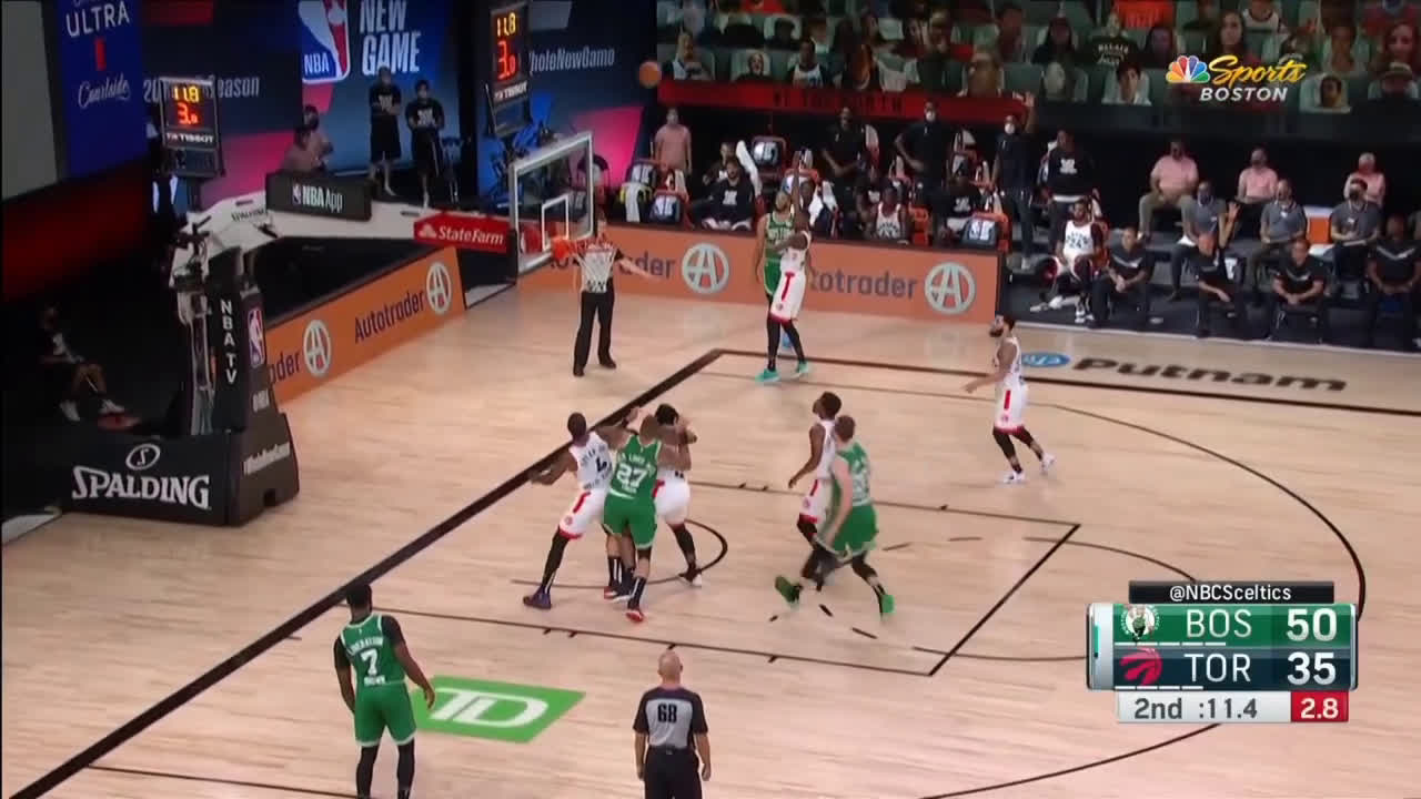 [Highlight] Jayson Tatum splashes the corner three with Boucher right in his face