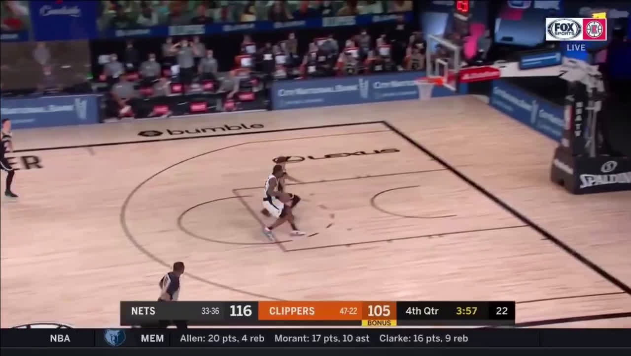[Highlight] Kawhi picks off the pass then throws it down at the other end