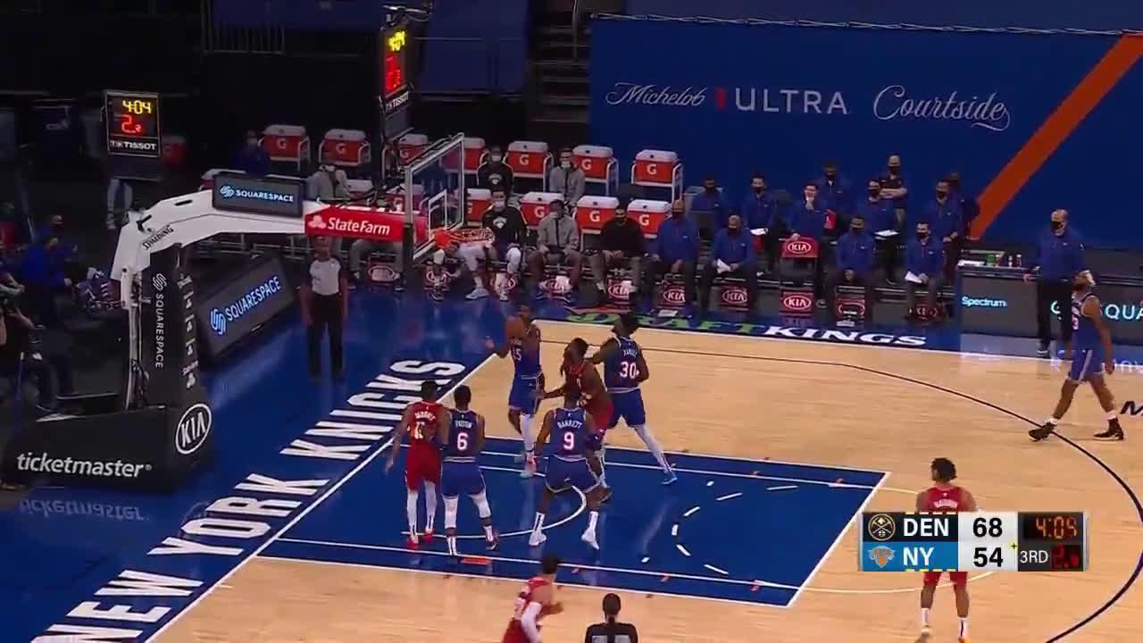 [Highlight] Jokic makes a ridiculous turnaround shot