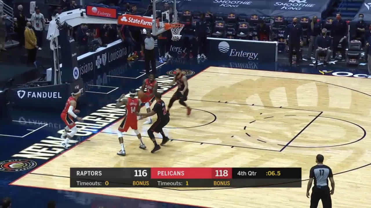[Highlight] Boucher cuts the lead to 2 but the Raptors can't get the steal or foul