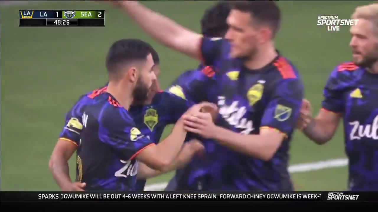 LA Galaxy 1-[2] Seattle Sounders - Raul Ruidiaz 48'