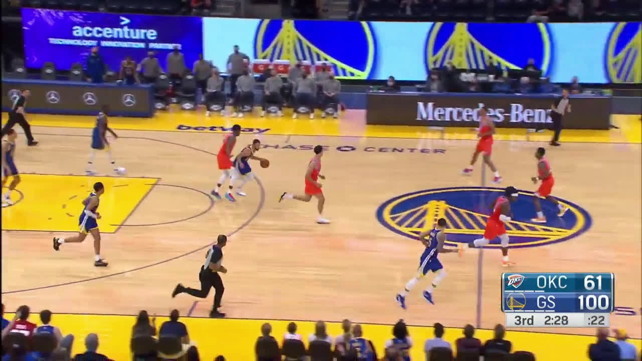 Stephen Curry Hits 11th Three Then Gets Double Teamed At HALF COURT & Still Pulls Up For HEAT CHECK