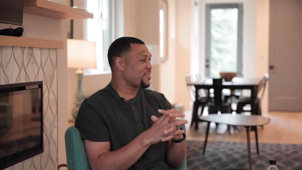 Brandon Roy on Curious Mike talking about Greg Oden