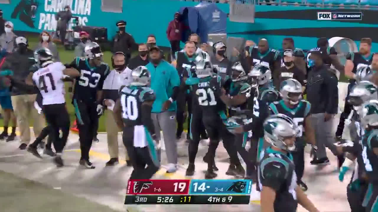 [Highlight] Chinn goes for 28 yards on a fake punt on 4th and 9