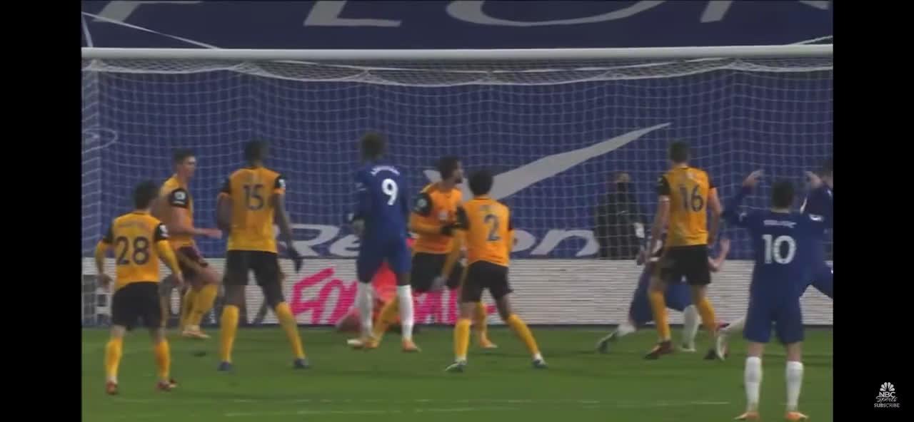 Havertz late header saved by Willian José