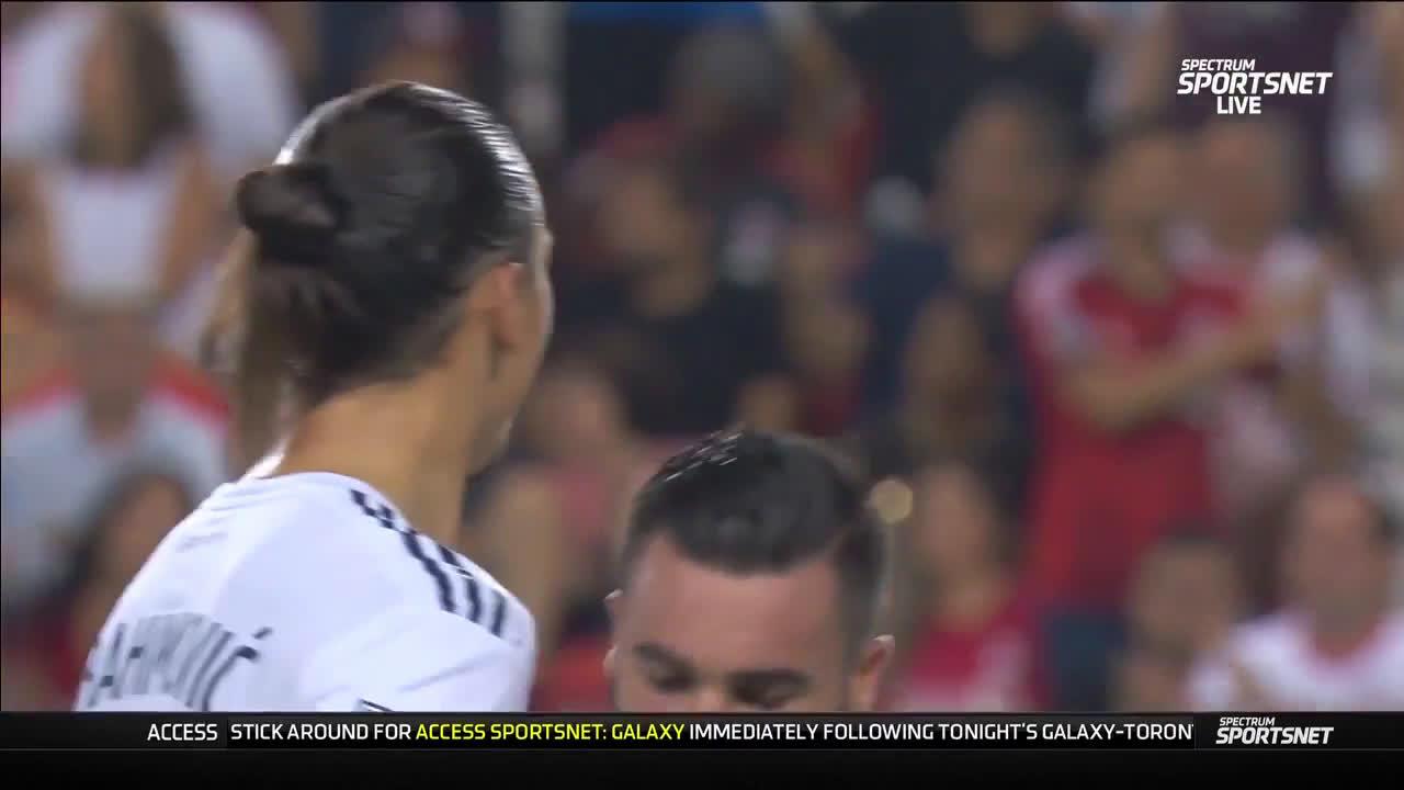 Gif Video Zlatan Ibrahimovic Goal Vs Toronto Fc For La Galaxy Ibra S 500th Career Goal Soccer Blog Football News Reviews Quizzes