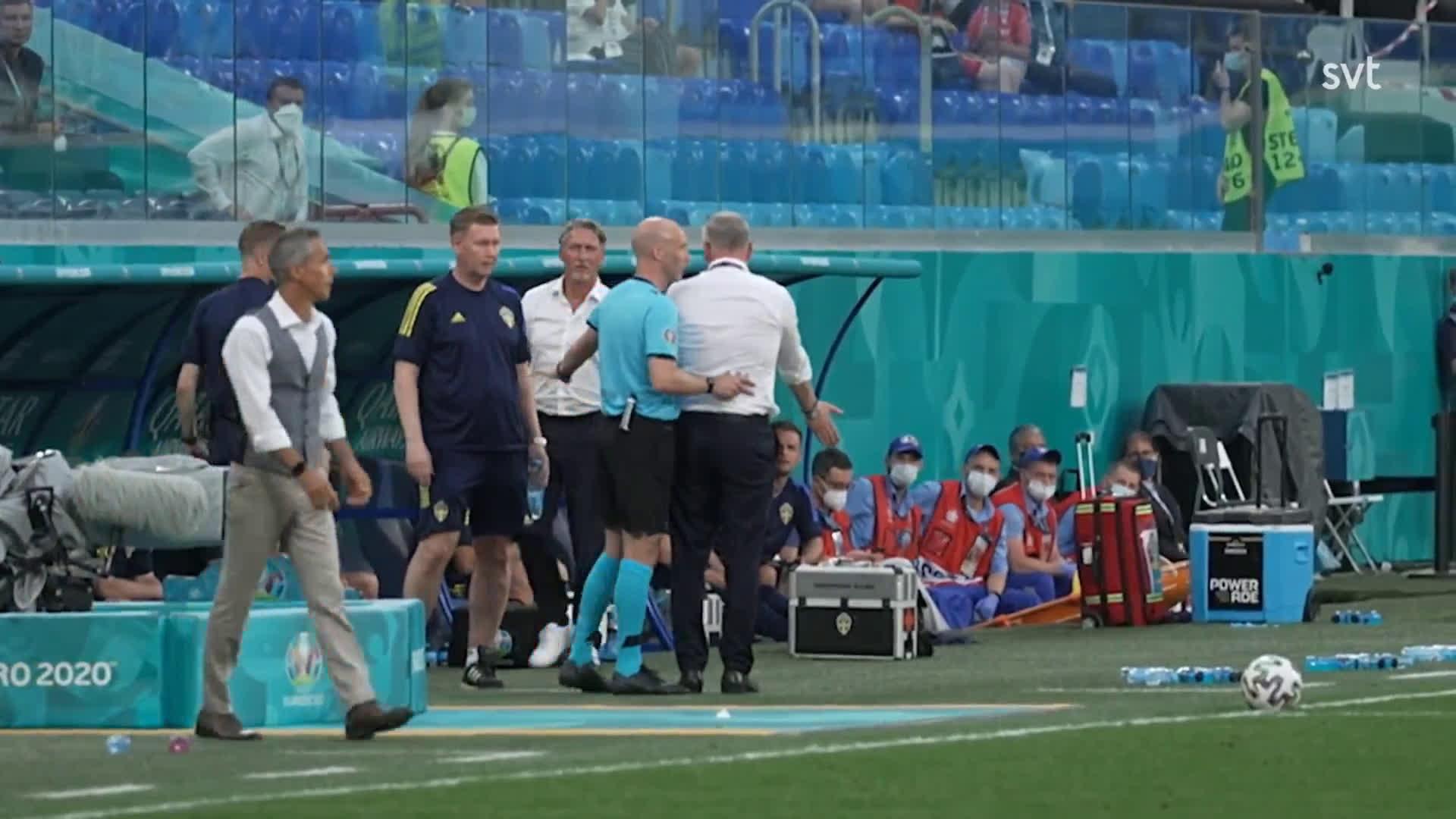 Swedens head coach Janne Andersson nutmegging polish staff during Poland vs Sweden.