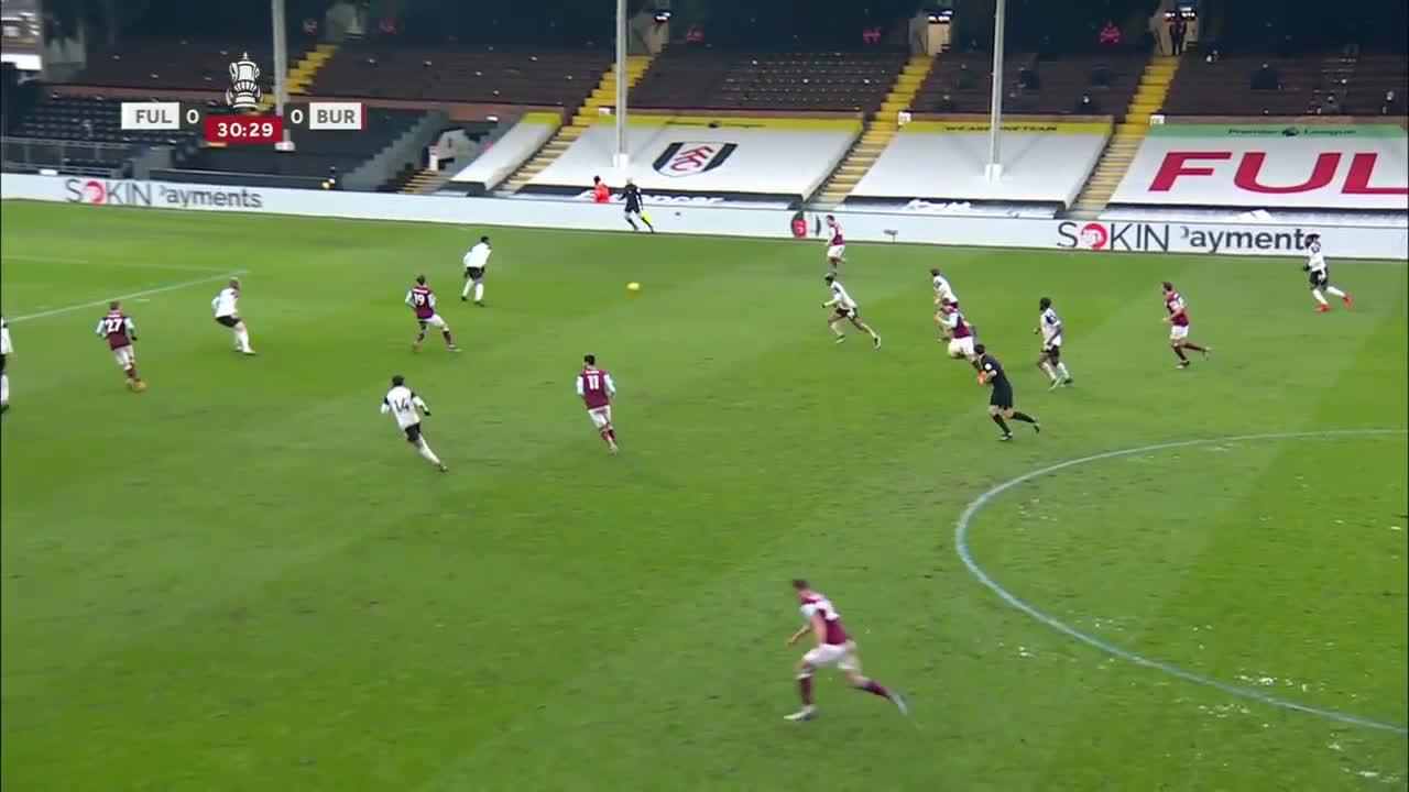 Fulham 0-[1] Burnley - Jay Rodriguez 31'
