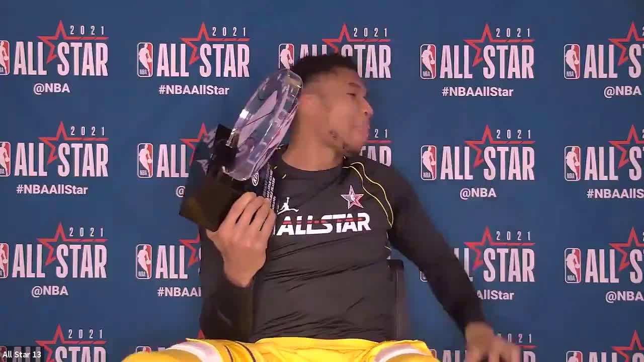 Giannis does his best LeBron James impression